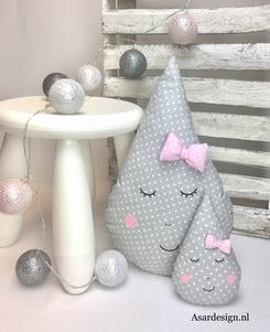 Set van 2 druppel kussens grijs met witte stipjes