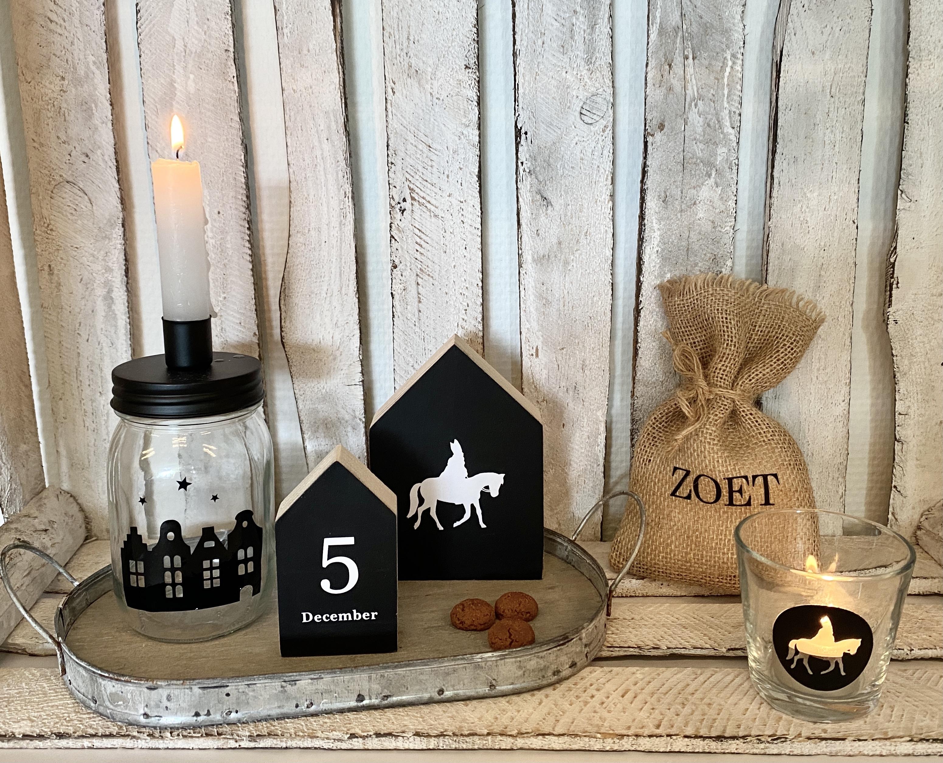 Houten huisjes | Sint en 5 december (zwart)