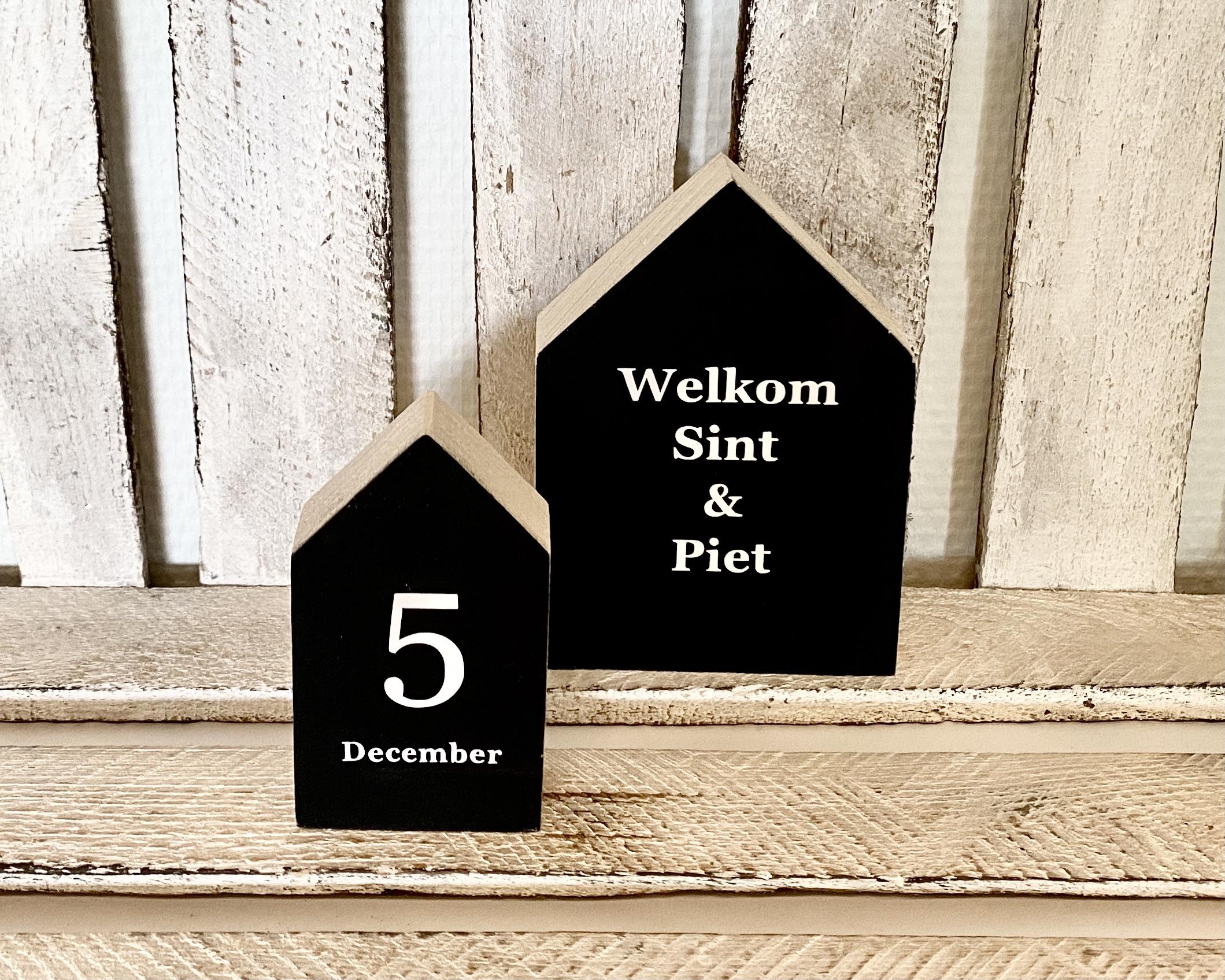 Houten huisjes   Welkom en 5 december (zwart)
