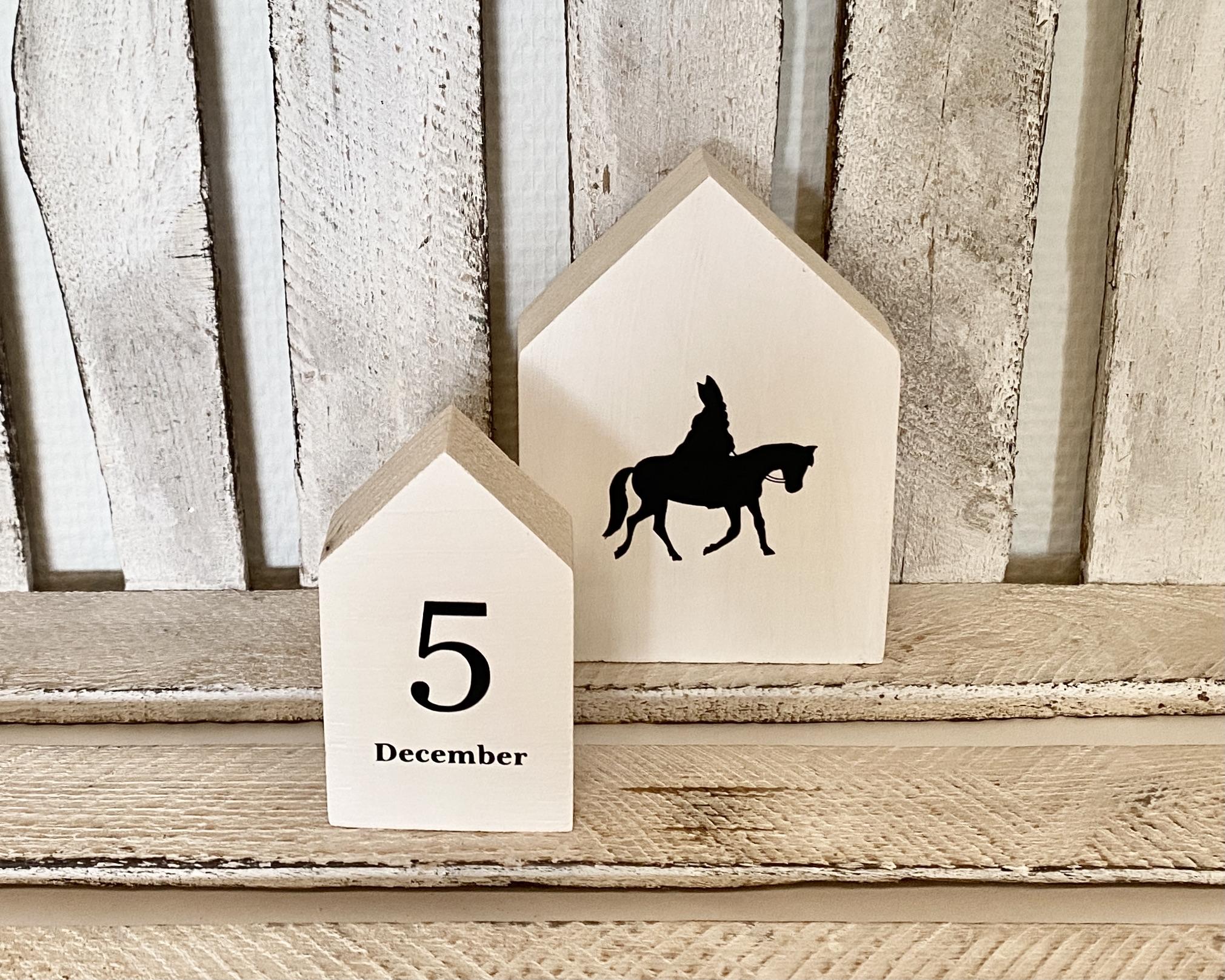 Houten huisjes Sint en 5 december (wit)