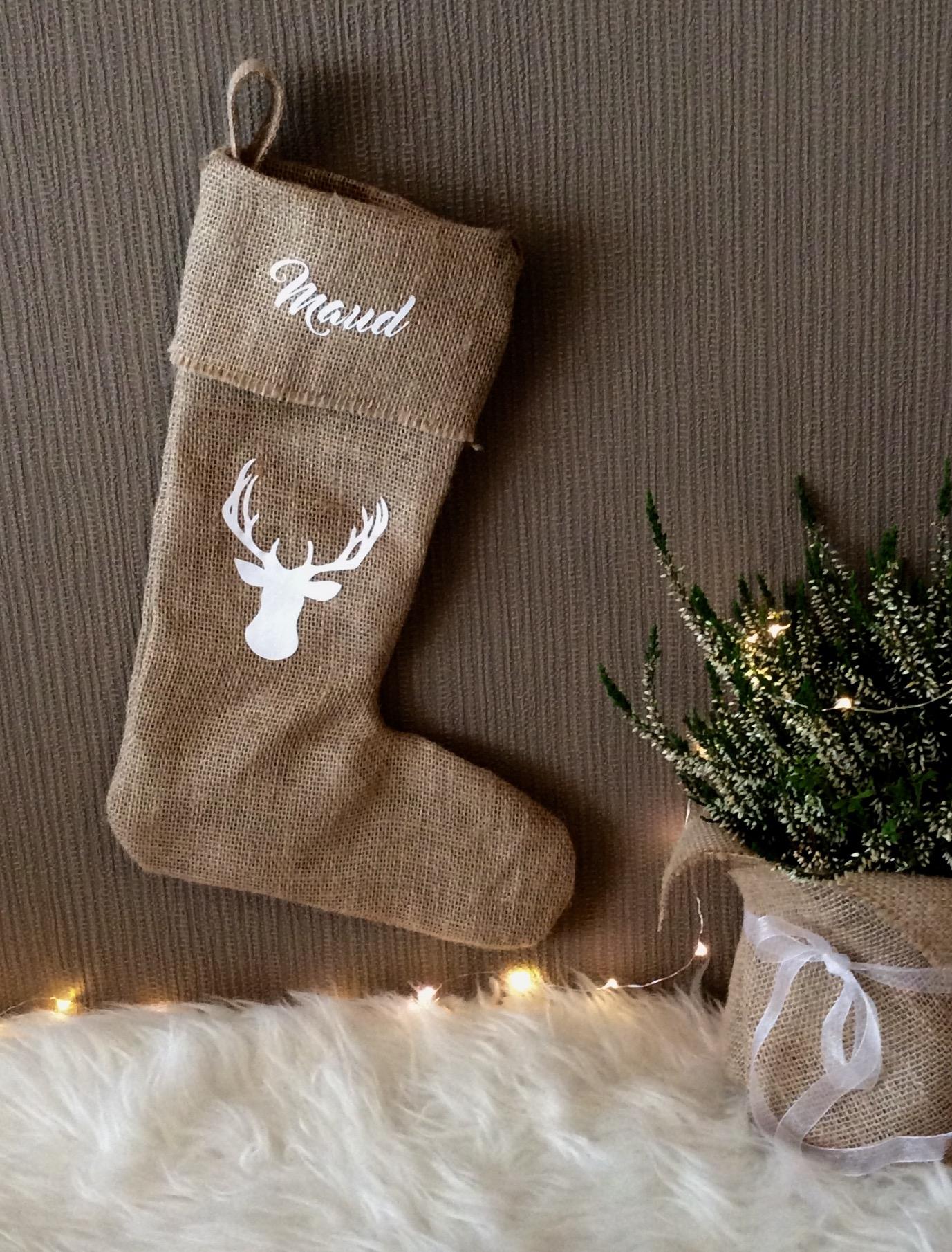 Kerstdecoratie | Jute kerstsok met naam naar wens ( wit)