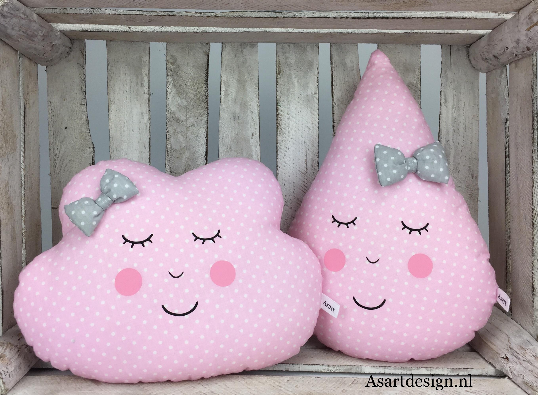 Kussen druppel roze met witte stipjes