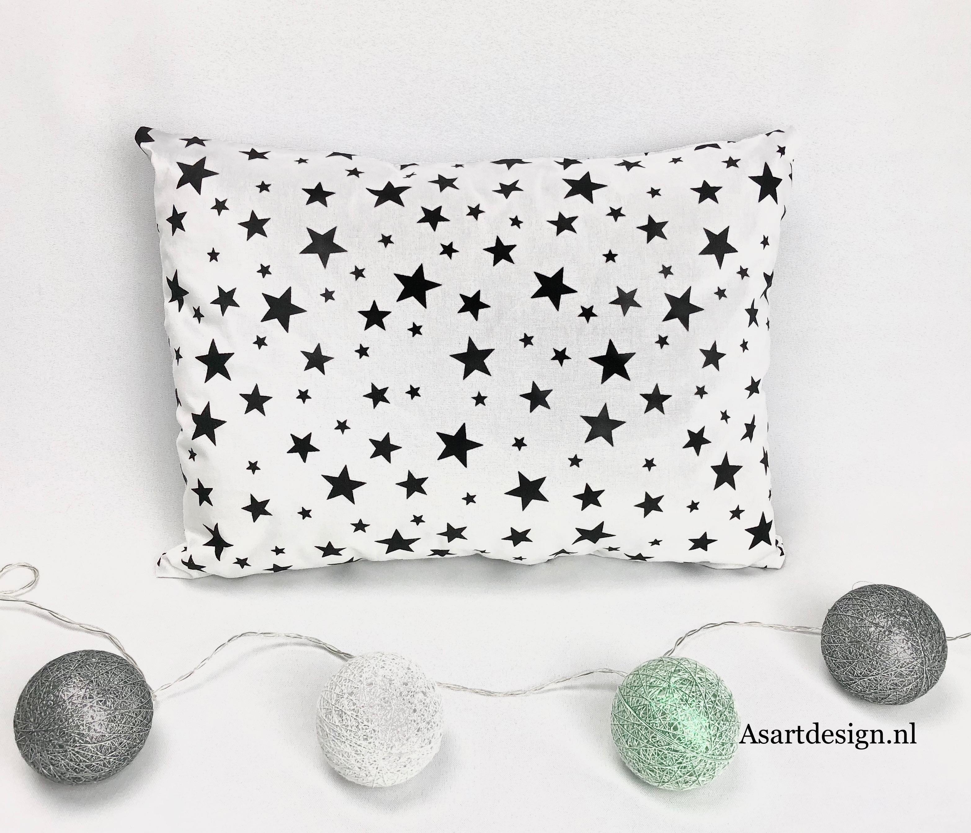 Kussen sterren zwart/wit
