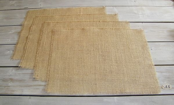 Set van 4 jute placemats