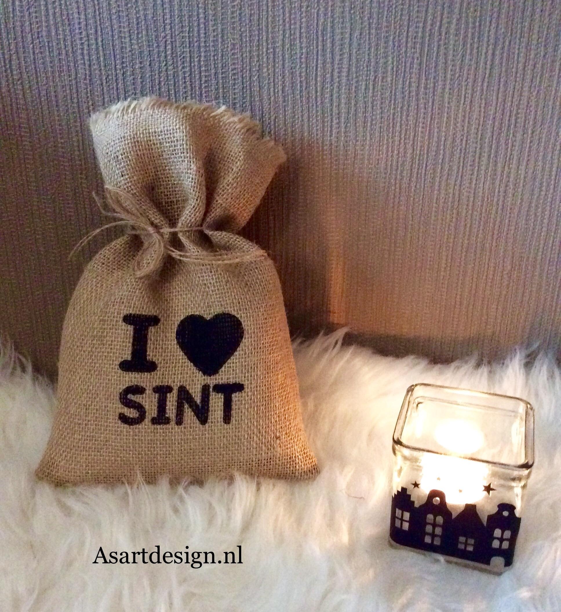 Sinterklaas decoratie / Jute zakje I LOVE SINT