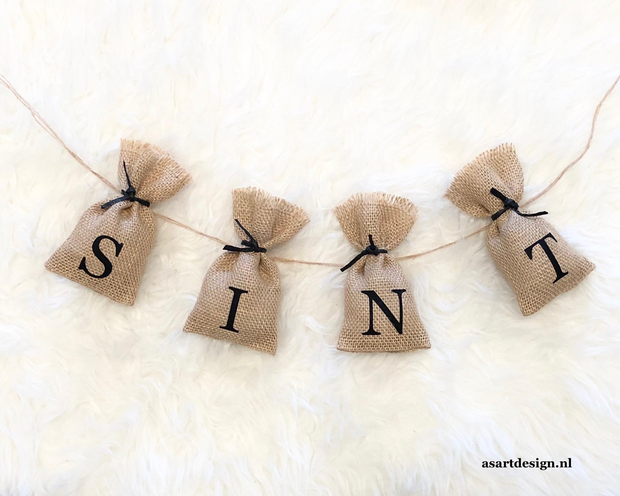 Sinterklaas decoratie | Sinterklaas slinger zakjes (4)